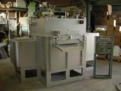 省エネタイプL型溶解保持炉の写真