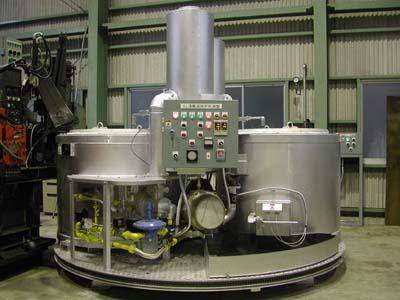 ターンテーブル式アルミ溶解炉の写真